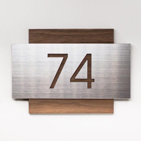 Номер на дверь офиса, американский орех и алюминий